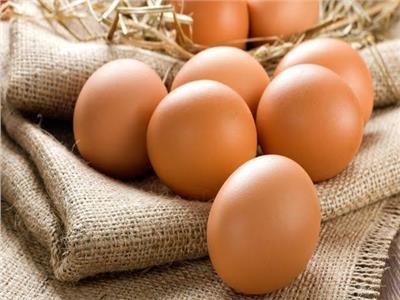 لست البيت.. سر «بقع» البيض الأحمر بعد السلق