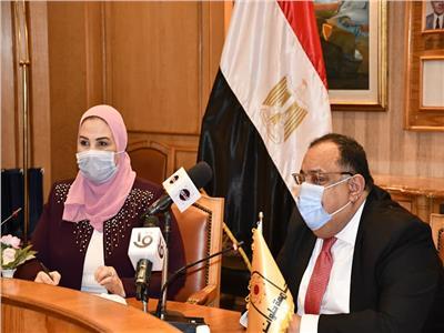 وزيرة التضامن ورئيس جامعة حلوان