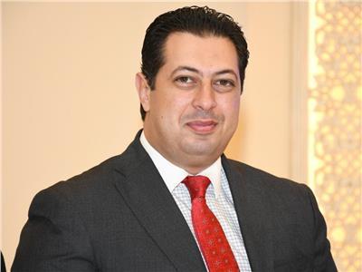 الدكتور مؤمن العشماوي  مستشار الإصلاح الإداري والتطوير المؤسسي
