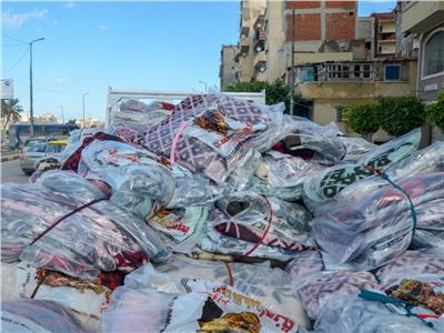 مساعدات لمتضرري الأمطار بالإسكندرية