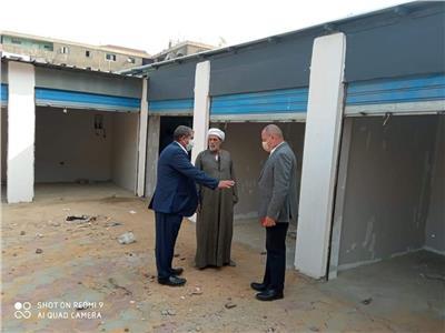 نائب محافظ القاهرة يتابع الإنشاءات القائمة أمام مركز صحة الحرفيين