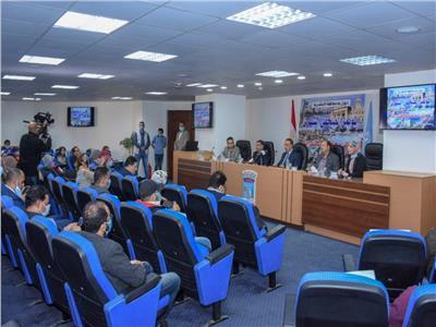 مؤتمر لرئيس الصرف الصحي بالإسكندرية