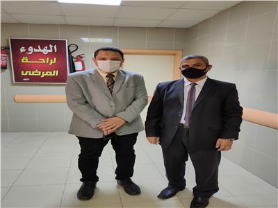 محرر بوابة أخبار اليوم مع وكيل وزارة الصحة بالمنوفية