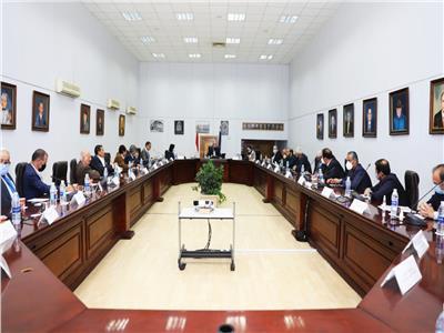 جزء من الاجتماع ممثلي قطاع السياحة