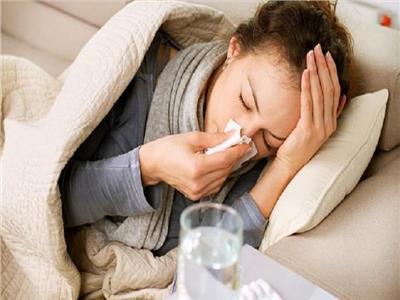 برد أم كورونا؟.. 3 أعراض تحسم سر «تعبك»
