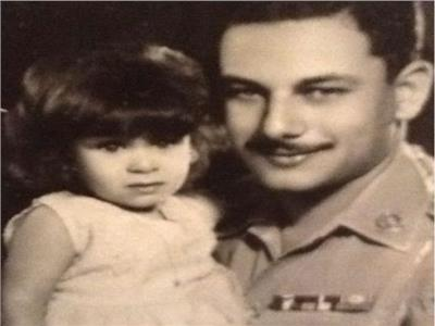 صورة نادرة للراحل صفوت الشريف وابنته إيمان - أرشيفية