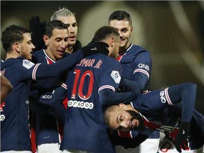 فرحة لاعبي باريس سان جيرمان