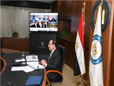 وزير البترول: مزايدات عالمية جديدة وبدء المرحلة الثانية من البحث السيزمي بالبحر الأحمر