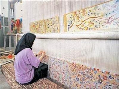 صناعة السجاد الحرير اليدوي