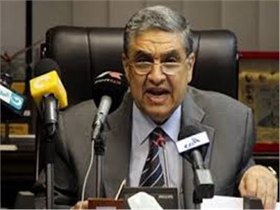 وزير الكهرباء والطاقة المتجددة د. محمد شاكر