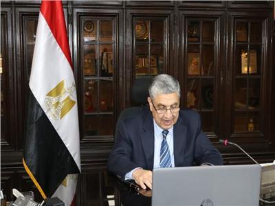 وزير الكهرباء والطاقة المتجددة د.محمد شاكر