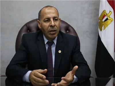اللواء عبد الله منتصر رئيس مصلحة الدمغة والموازين
