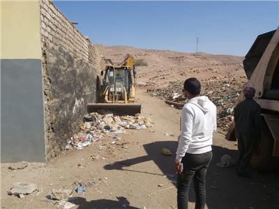 رفع التراكمات والقمامة