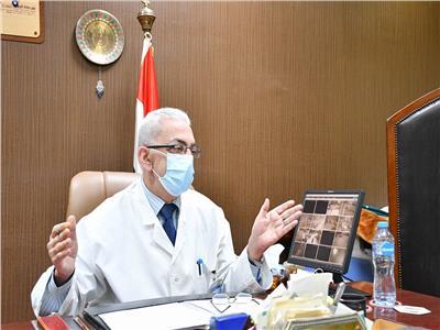 مدير مستشفى عزل هليوبولس يتحدث لـلأخبار  تصوير: طارق إبراهيم - أحمد حسن