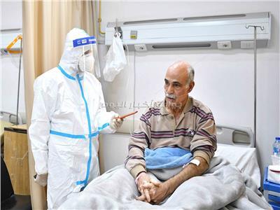سعيد فهمي مريض كورونا يتحدث للأخبار | تصوير طارق إبراهيم- أحمد حسن