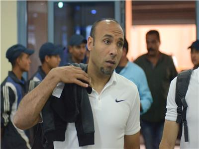 أيمن عبد العزيز