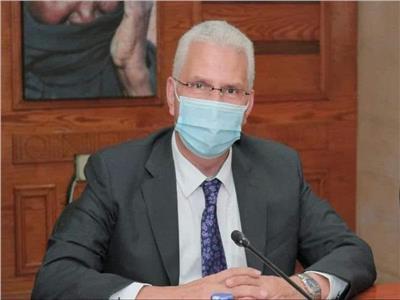 الدكتور كمال عكاشة