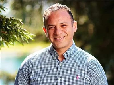 المعالج النفسي المصري حسام نبيل
