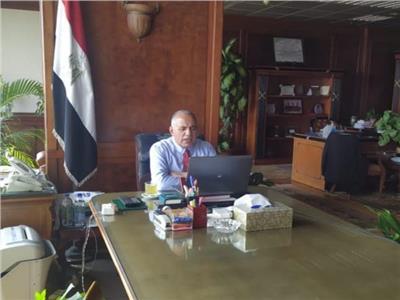 الدكتور عبد العاطى
