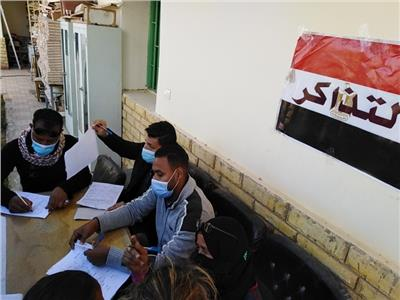 القوافل الطبية في قرى أسوان