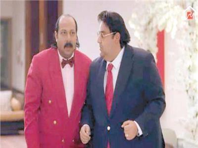 شيكو ومحمد ثروت في مشهد من مسلسل «اللعبة»