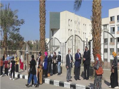 الدكتور مصطفي عبد النبي عبد الرحمن رئيس جامعة المنيا