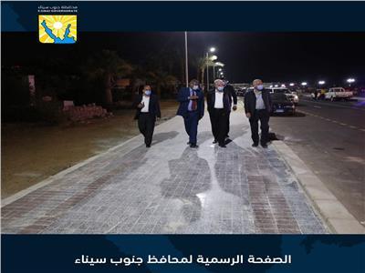 محافظ جنوب سيناء يتفقد الممشي السياحي بهضبة ام السيد بشرم الشيخ خلال جولة ليلية