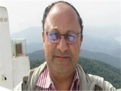 سامى سليمان، أستاذ الأدب العربى بكلية الآداب جامعة القاهرة