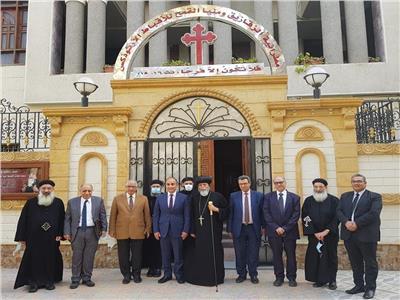 رئيس جامعة الزقازيق يزور مطرانية الزقازيق