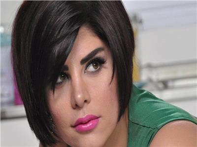 الفنانة شمس الكويتية