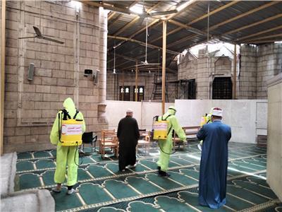 الهلال الاحمر المصري يجري أكبر عملية تعقيم للمساجد