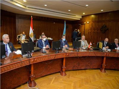 انطلاق أولى الدورات التدريبية للراغبين فى شغل مناصب إدارية أو قيادية بالجامعات المصرية