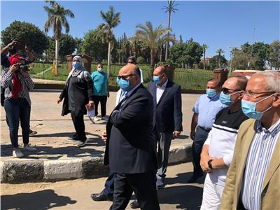 محافظ القاهرة يتفقد الحديقة الدولية بمدينة نصر