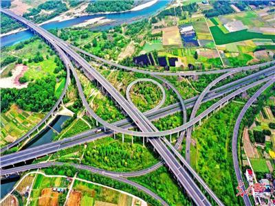 تحسين البنية التحتية للمواصلات وتعزيز إنعاش الريف  صور