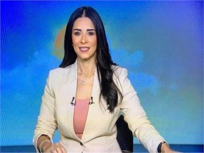 الإعلامية أسماء مصطفي