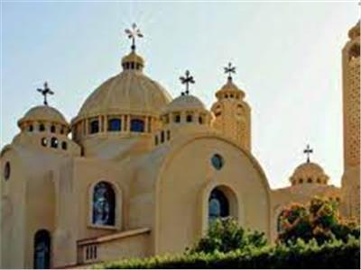 كنائس حدائق القبة