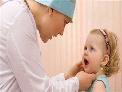 رائحة الفم الكريهة عند الرضع
