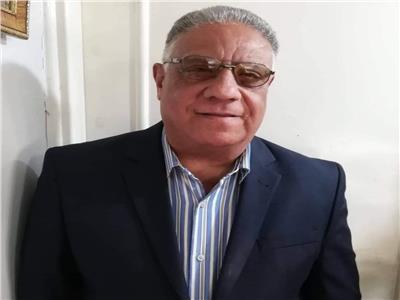الأديب سمير المنزلاوي بعد فوزه بتكريم مؤسسة الشارقة: جهودي لم تضع سُدى
