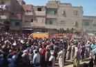 أهالي قرية الدواخلية بالغربية يشيعون جثمان شهيد سيناء بـ»الزغاريد«
