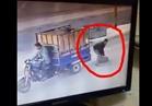 فيديو| سرقة أغطية البالوعات بالقاهرة الكبرى «على عينك يا تاجر»