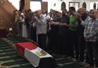صور| والد الشهيد «أحمد فايز» يؤم صلاة جنازة نجله ويختنق بالدموع