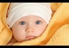 أخصائي أطفال: تعدد الملابس في الشتاء يعرض طفلك لنزلات البرد