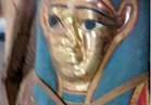"""«الأثار »: العثورعلى قناع مزين برسم لآلهة السماء """"خِبر""""  بالفيوم"""
