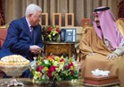 خادم الحرمين يبحث مع محمود عباس الاوضاع على الساحة الفلسطينية