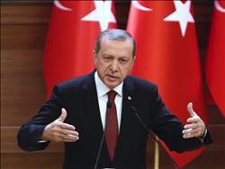 تركيا تعتقل 16 ضابطا بالجيش في تحقيق متصل بكولن