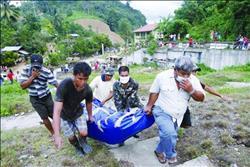 مسؤولون: مقتل نحو 90 شخصا في انهيارات طينية وسيول بالفلبين