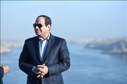 الرئيس السيسي يفتتح عدة مشروعات قومية بمدن القناة