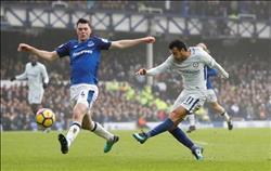 الدوري الإنجليزي| إيفرتون وتشيلسي يتعادلان سلبيا