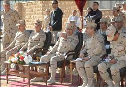 وزير الدفاع يلتقي أعضاء هيئة التدريس والطلبة المستجدين للكليات والمعاهد العسكرية