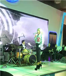 صور.. بروفات حفل مايا دياب في مدينة نصر